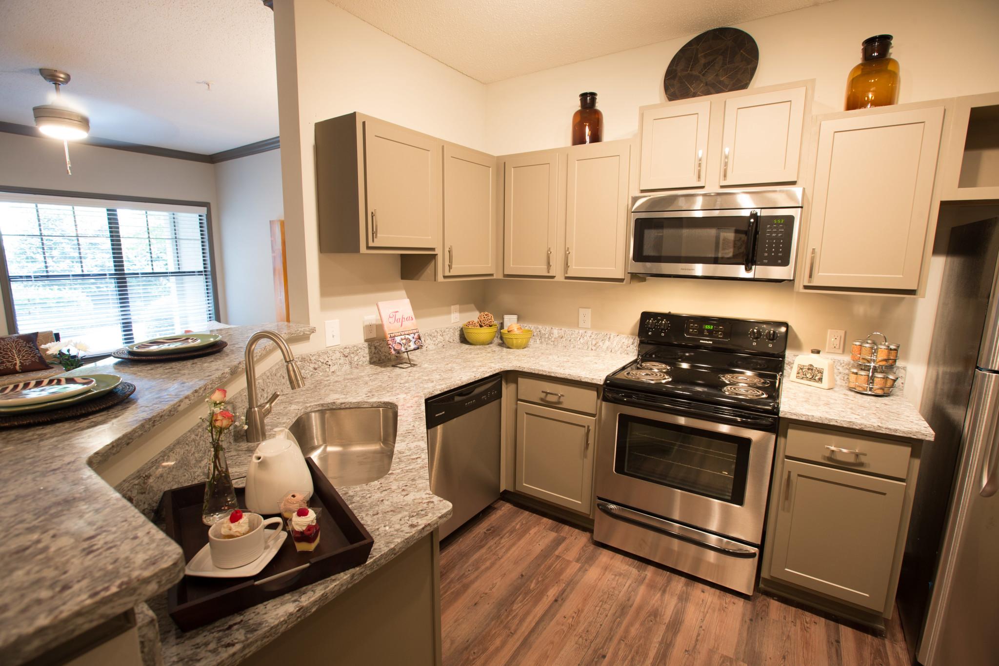 luxury apartments atlanta highland walk apartments. Black Bedroom Furniture Sets. Home Design Ideas